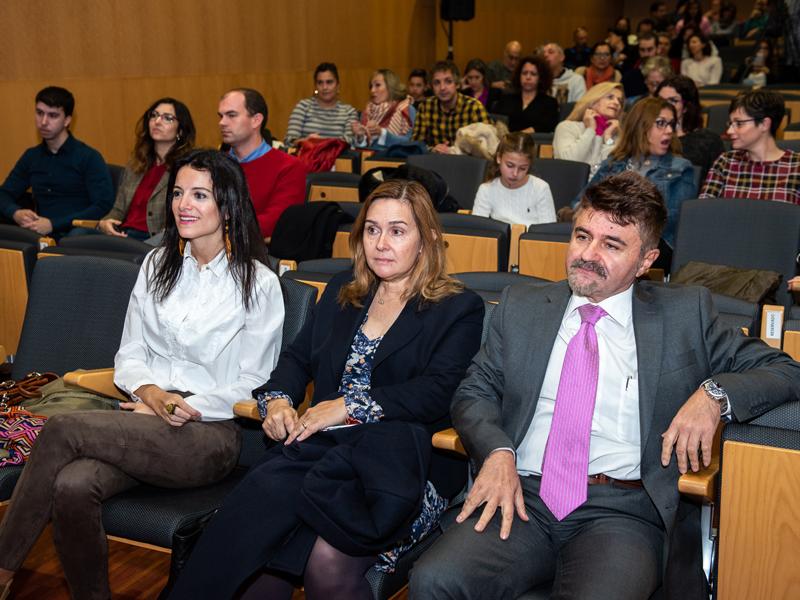 Los ponentes con la Concejal Raquel Araguás
